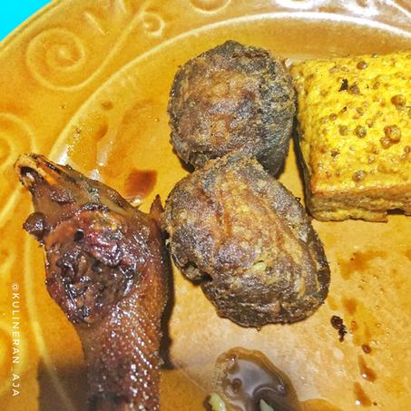 Ayam Goreng Sari Manis Suniaratu Otto Iskandardinata Tempat Com