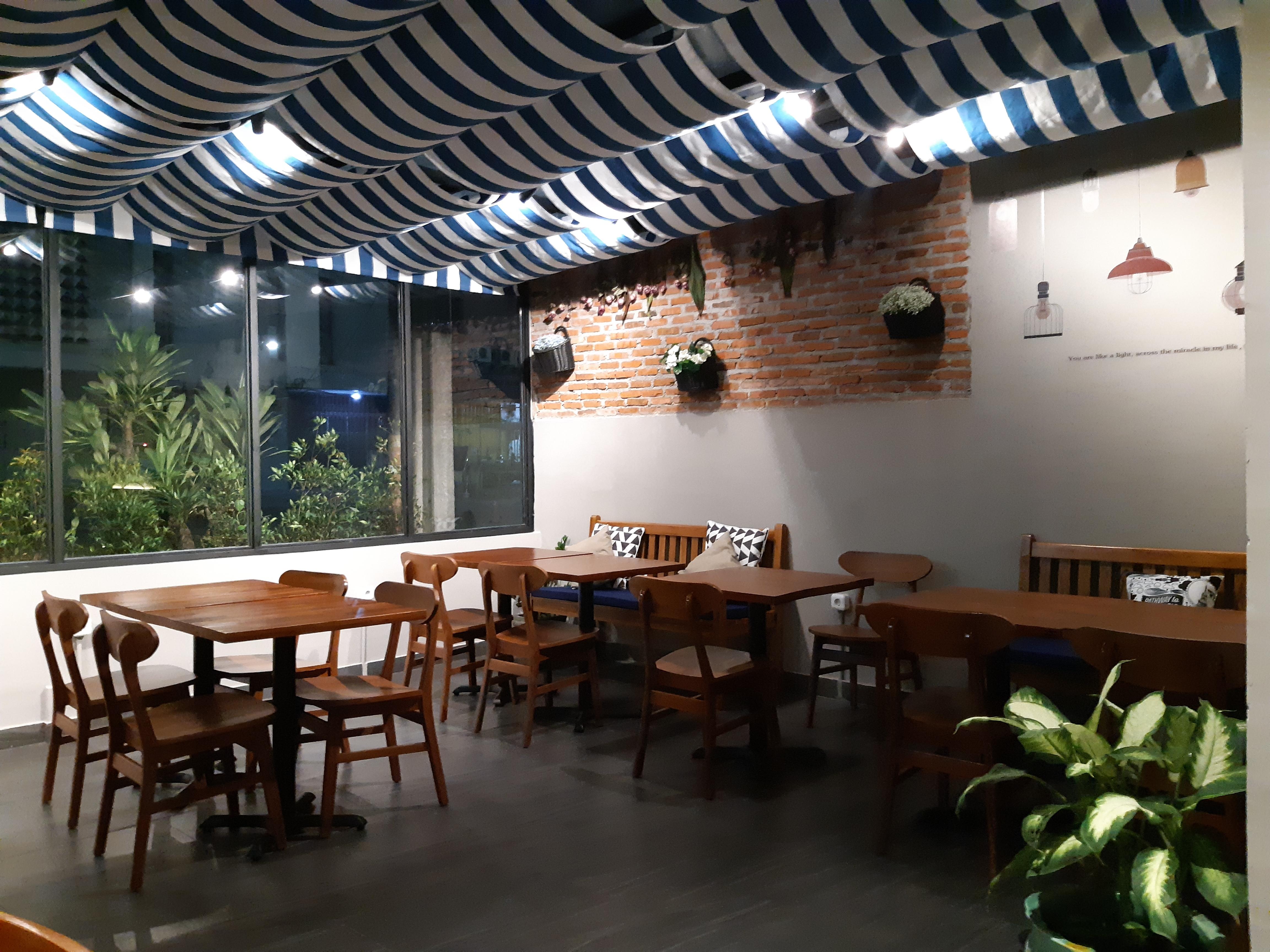 Alfresco Eatery